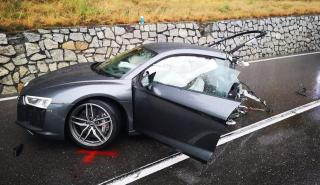 Accidente Audi R8 partido en dos