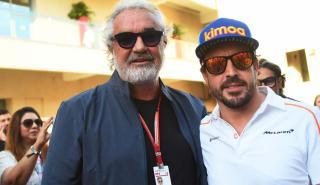 Alonso y Briatore en Abu Dhabi