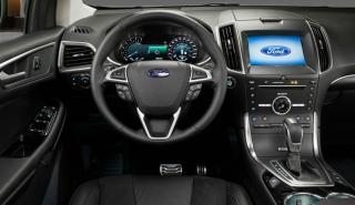 interior del Ford Edge