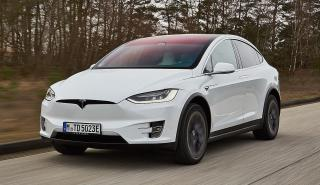 Tesla Model X vs Audi e-tron