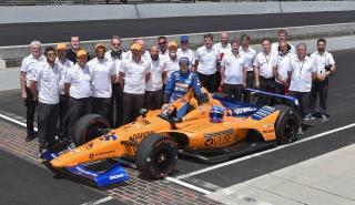 Equipo McLaren en la Indy 500
