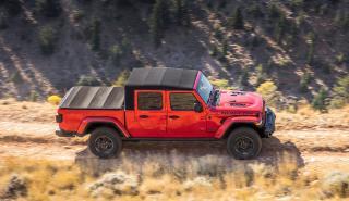 Al volante del Jeep Gladiator