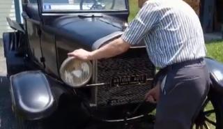Un hombre mantiene su amado Ford Model T durante 70 años