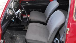 Seat 600 L Especial Extras con asientos reclinables