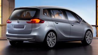 Opel-Zafira-Tourer-Concept-exterior-trasera