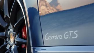 porsche-911-gts-408-cv-cabrio-logo