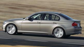 BMW 318d movimiento corre rey dinamismo