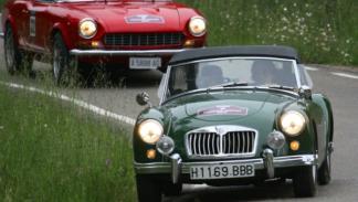 En la categoría de coches anteriores a 1960, el MGA de 1957 se impuso