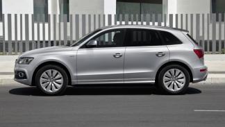 Audi-Q5-hybrid-quattro-lateral