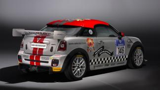 Mini Cooper Works Coupé Endurance trasera