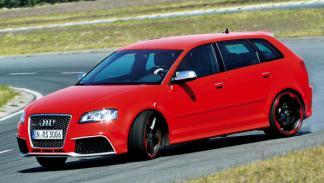 Audi-RS3-exterior-delantera-curva-drift