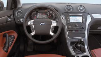 Ford Mondeo ECO vs Peugeot 508 e-HDI