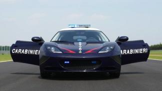 Lotus Evora S Carabinieri frontal puertas abiertas