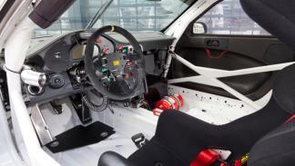 nuevo-porsche-911-gt3-r-2012-interior