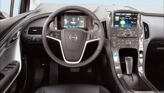 Opel-ampera-salpicadero