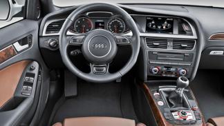 Audi-A4-2012-interior