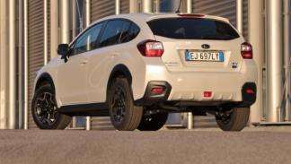 Subaru XV trasera