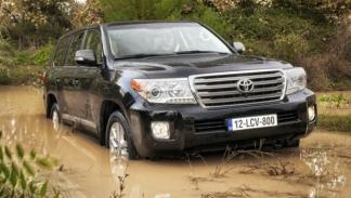 Toyota Land Cruiser 200 2012 campo