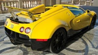 Trasera del Bugatti Veyron Grand Sport
