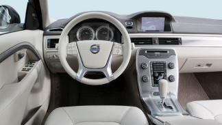 Volvo-S80-D5-interior-salpicadero