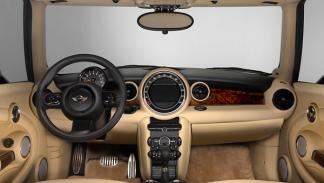 MINI Inspired by Goodwood interior