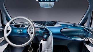 Toyota-FT-Bh_Concept_interior salón de Ginebra 2012