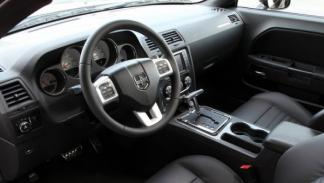 Interior del Dodge Challenger Rallye Redline
