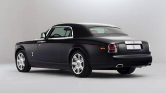 Rolls-Royce Phantom Mirage trasera
