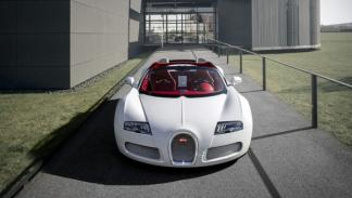 Bugatti-Veyron-Grand-Sport-'Wei-Long-2012'-Salón-de-China-morro