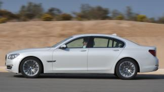 BMW Serie 7 2012 perfil
