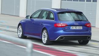 Audi RS 4 estática trasera
