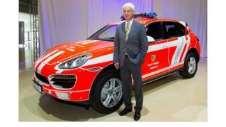 Porsche Cayenne de Bomberos exterior