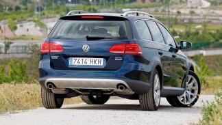 VW Passat Alltrack trasera