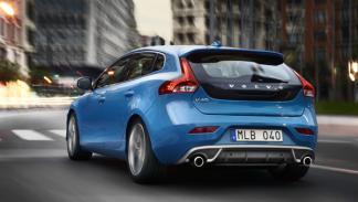Volvo V40 R Design dinámica trasera