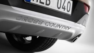 Volvo-V40-Cross-Country-protecciones-bajos
