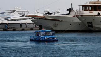 Iveco SeaLand,  navegando