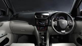 Suzuki Swift Sport interior paneles