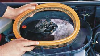 filtro aire coche inundado moho