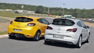 Renault Mégane Sport y Opel Astra OPC traseras