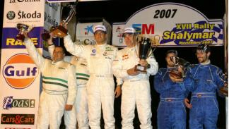 Carlos Sainz podio rally Shalymar 2007