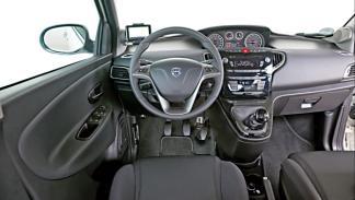 Salpicadero del Lancia Ypsilon