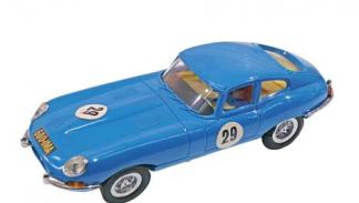 Jaguar E-Type scalextric