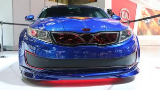 Kia Superman faros