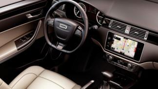 Qoros_3_Sedan_interior