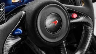 McLaren P1 motor eléctrico botones