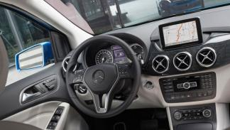 Mercedes Clase B Electric Drive interior