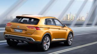 VW CrossBlue Coupé tres cuartos traseros