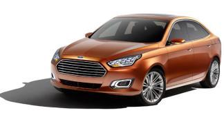 Ford Escort Concept tres cuartos