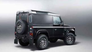 Land Rover Defender LXV trasera