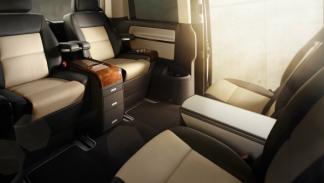 Volkswagen Multivan Business interior